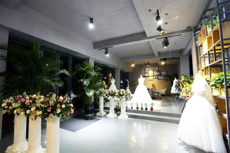 徠麗視覺全球旅拍婚紗攝影工作室